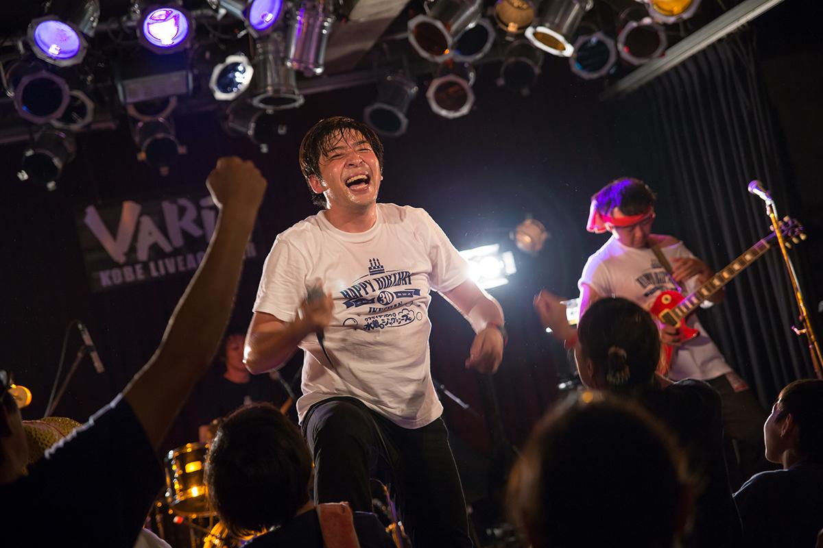 2015/07/30 クマガイタツロウと水着でジャグジーズ 神戸VARIT